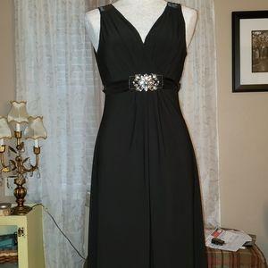 Cocktail Dress Size - 6 (EUC)